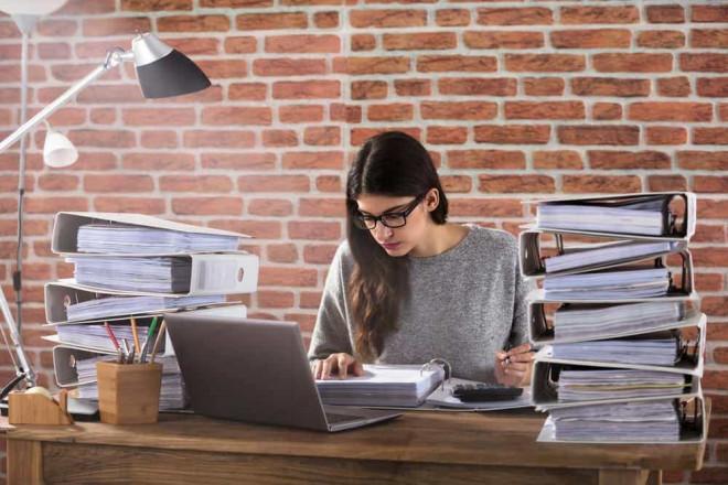 9 dấu hiệu chứng tỏ bạn đang bị lợi dụng, bóc lột ở nơi làm việc - 3