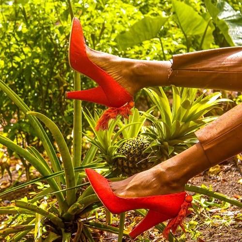 10 thương hiệu giày tuyệt đẹp cho cô nàng da nâu - hình ảnh 7