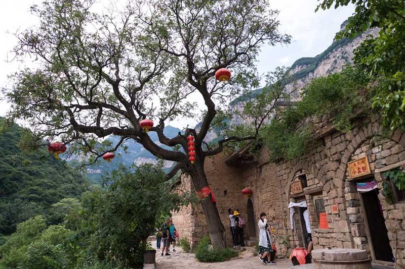 Làng cổ 1500 năm ẩn sâu trong núi ít ai biết tới ở  Trung Quốc - 6