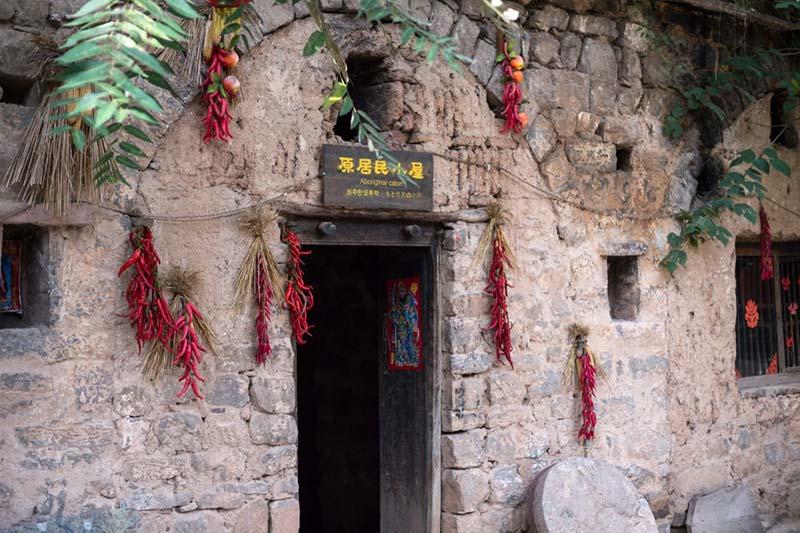 Làng cổ 1500 năm ẩn sâu trong núi ít ai biết tới ở  Trung Quốc - 7