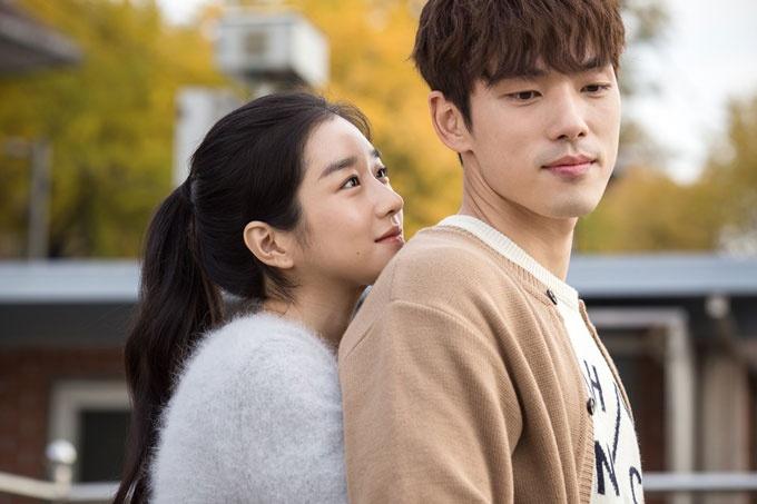 """Hồng Diễm nói không với cảnh hôn suốt 10 năm yêu trên phim, Hồng Vân """"kiêng"""" mía - hình ảnh 9"""