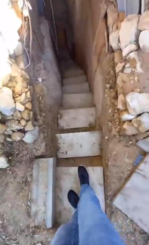 Cãi nhau với bố mẹ, cậu bé ra vườn đào hang trốn và tạo ra một công trình ấn tượng - hình ảnh 3
