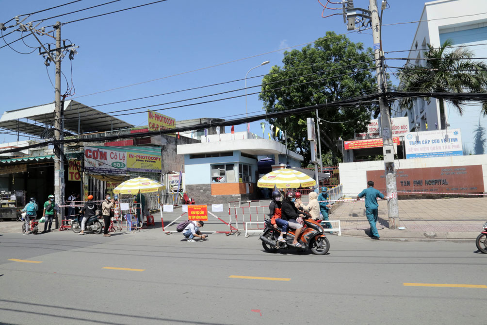 TP.HCM: Phong tỏa bệnh viện quận Tân Phú - hình ảnh 9