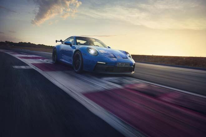 Porsche 911 GT3 2022 ra mắt, chào giá các đại gia từ 13,2 tỷ đồng - 4