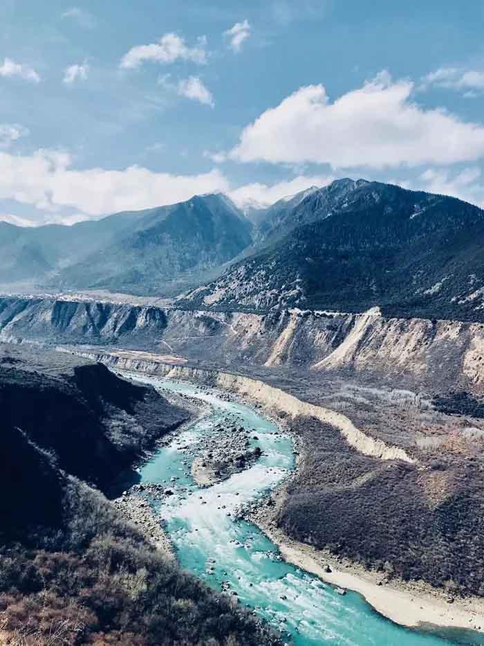 10 hẻm núi kỳ vĩ của Trung Quốc, xứng danh kiệt tác của tạo hóa - hình ảnh 1