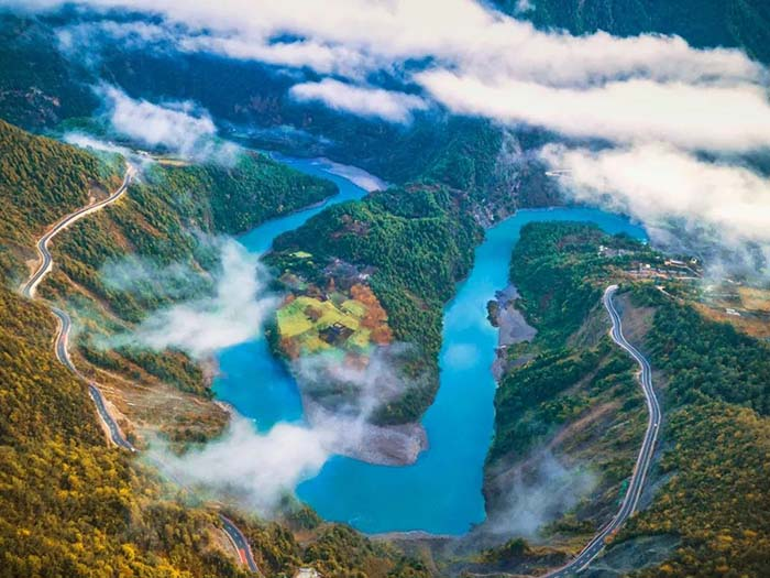 10 hẻm núi kỳ vĩ của Trung Quốc, xứng danh kiệt tác của tạo hóa - hình ảnh 10