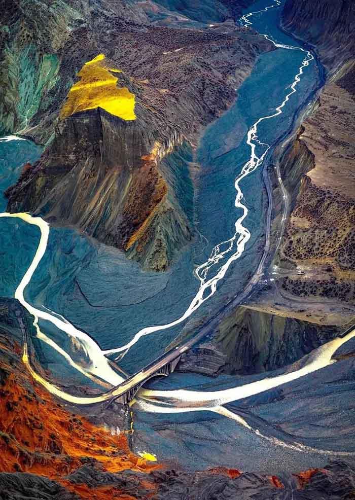 10 hẻm núi kỳ vĩ của Trung Quốc, xứng danh kiệt tác của tạo hóa - hình ảnh 2