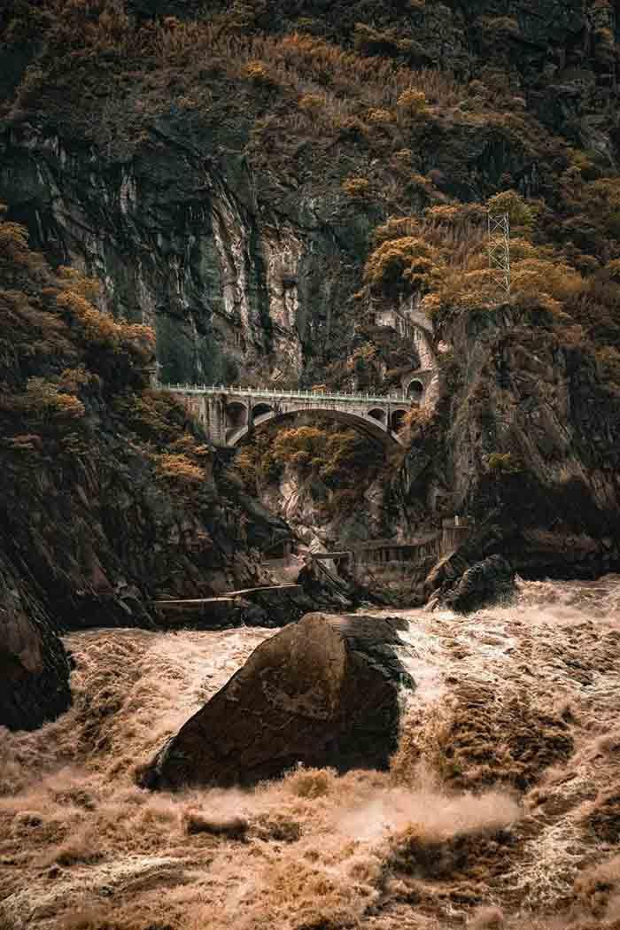 10 hẻm núi kỳ vĩ của Trung Quốc, xứng danh kiệt tác của tạo hóa - hình ảnh 6
