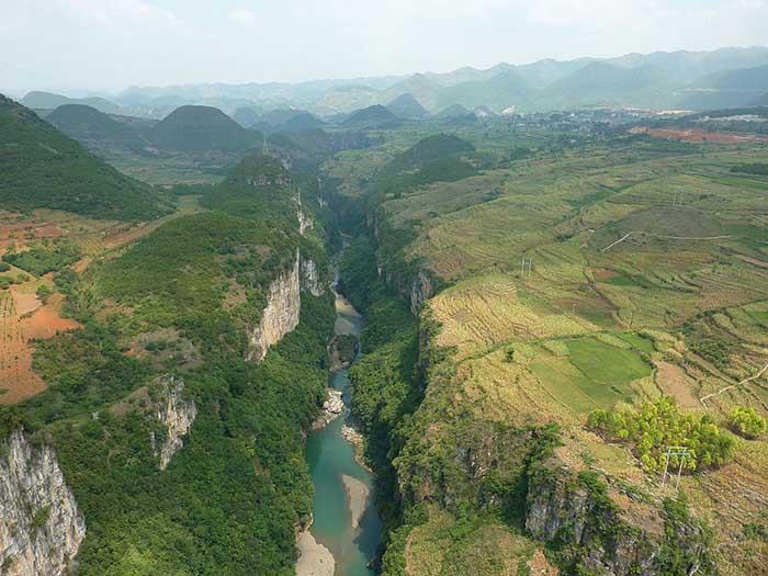 10 hẻm núi kỳ vĩ của Trung Quốc, xứng danh kiệt tác của tạo hóa - hình ảnh 9