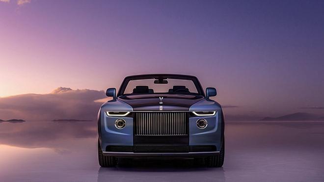 Hơn 640 tỷ đồng sở hữu Rolls-Royce mui trần bản đặc biệt liệu có đáng? - 1