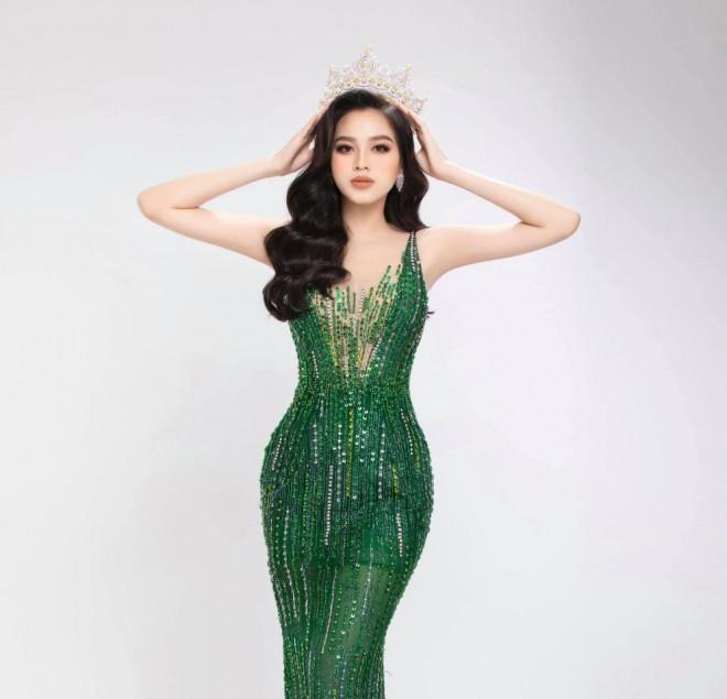 """Hoa hậu Đỗ Thị Hà khoe thân hình đồng hồ cát, thần thái chuẩn """"beauty queen"""" - 3"""