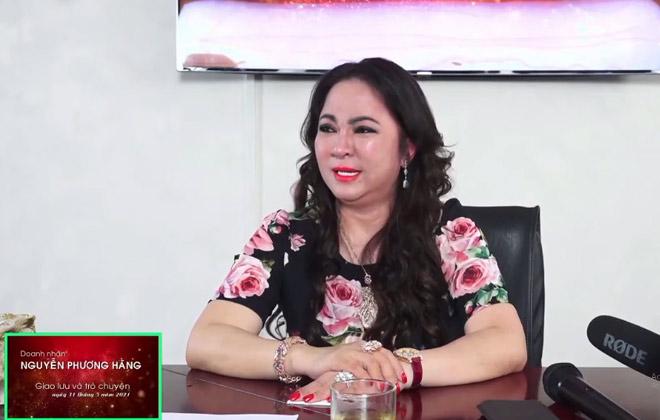 Bà Phương Hằng khóc nghẹn khi livestream, muốn giải thể Đại Nam, ra nước ngoài sinh sống - 1