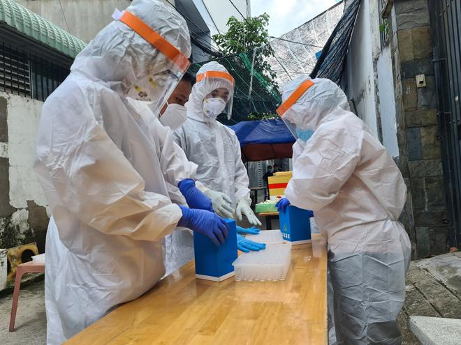 Phát hiện ca nhiễm COVID-19 làm việc trong khu công nghiệp ở TP.HCM - hình ảnh 1