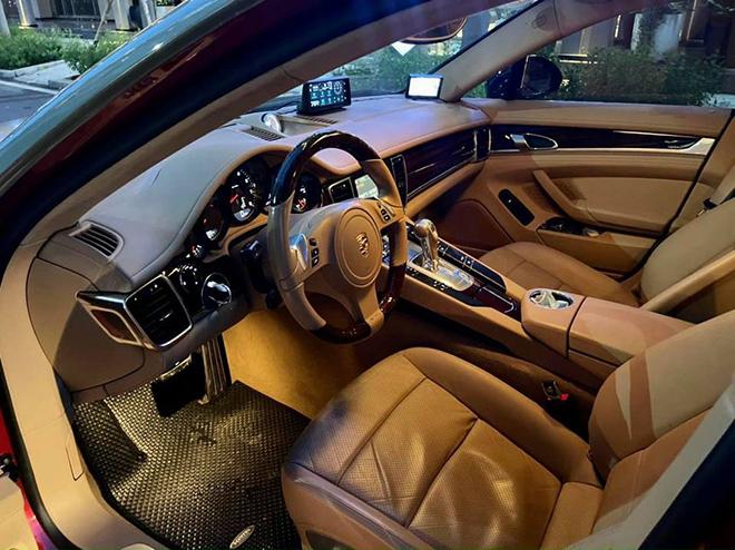 Porsche Panamera lăn bánh 64.000km rao bán lại chỉ 1,7 tỷ đồng - 4