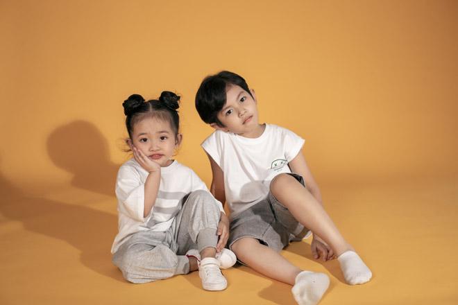 Hai nhóc tỳ nhà Khánh Thi – Phan Hiển như bản sao của bố mẹ - hình ảnh 2