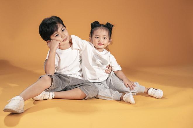 Hai nhóc tỳ nhà Khánh Thi – Phan Hiển như bản sao của bố mẹ - hình ảnh 3
