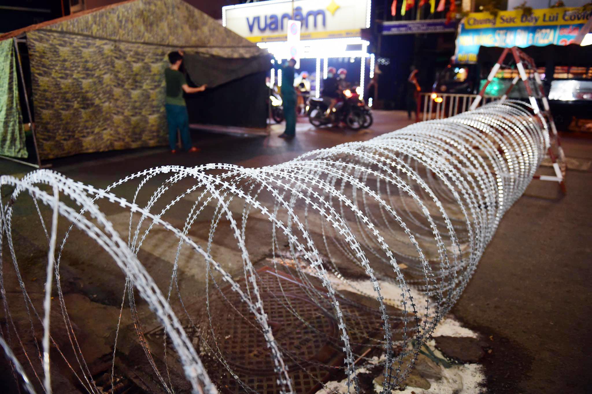 Người dân đi như thế nào sau khi quận Gò Vấp tái lập chốt kiểm soát? - hình ảnh 4