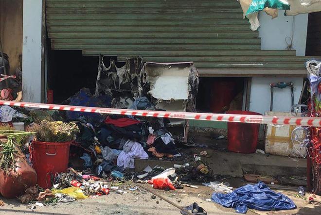 TP.HCM: Cháy cửa hàng hoa ở TP Thủ Đức, đôi nam nữ nguy kịch - hình ảnh 1