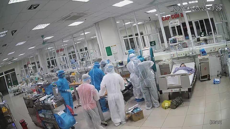 Đang có 125 bệnh nhân COVID-19 nặng, thở oxy, 4 ca nguy kịch - hình ảnh 1