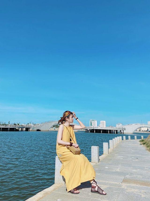 """Hồ điều hòa Hồ Sơn - tọa độ check-in xịn sò của giới trẻ xứ """"hoa vàng trên cỏ xanh"""" - 6"""