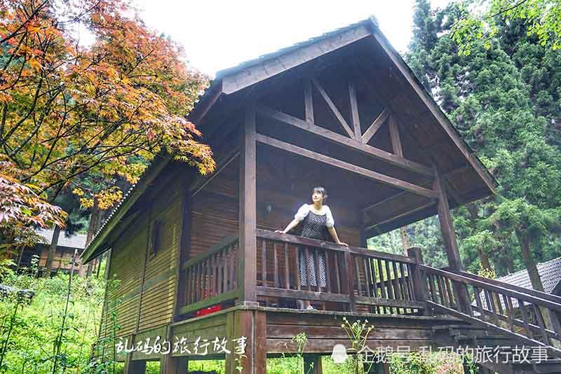 """Khu nghỉ mát được ví như """"Xứ sở thần tiên đẹp nhất Trung Quốc"""" - hình ảnh 8"""