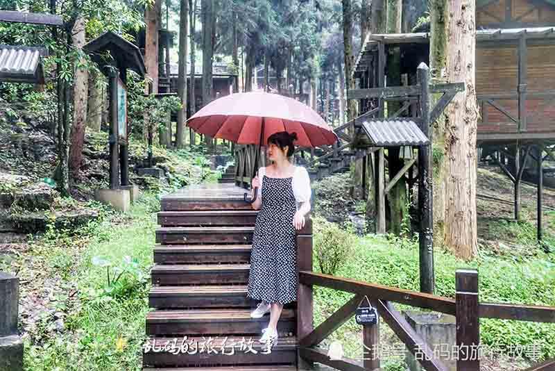 """Khu nghỉ mát được ví như """"Xứ sở thần tiên đẹp nhất Trung Quốc"""" - hình ảnh 9"""