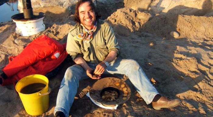 Xác con tàu cổ được tìm thấy trên sa mạc, bên trong chứa đầy vàng - hình ảnh 3
