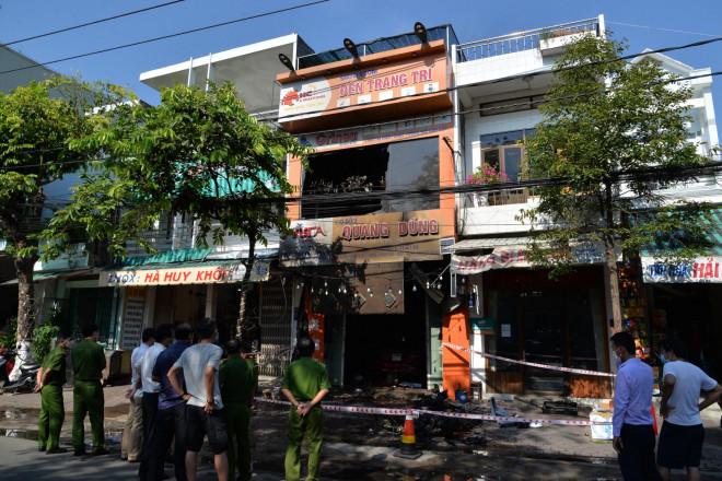 Hiện trường kinh hoàng vụ cháy nhà khiến 4 người tử vong - 3