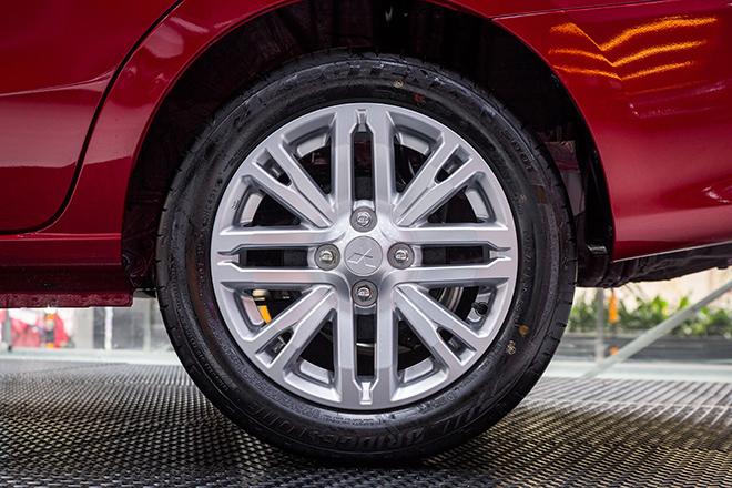 Giá xe Mitsubishi Attrage lăn bánh tháng 6/2021 - 9