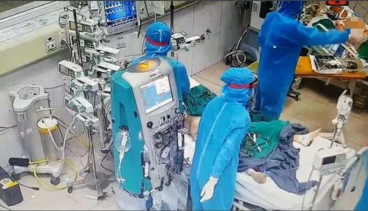 106 ca COVID-19 tiên lượng nặng, 9 ca phải can thiệp tim phổi nhân tạo - hình ảnh 1