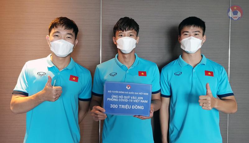 Thắng đẹp Indonesia, ĐT Việt Nam ủng hộ 300 triệu vào Quỹ vắc-xin phòng, chống COVID-19 - hình ảnh 1