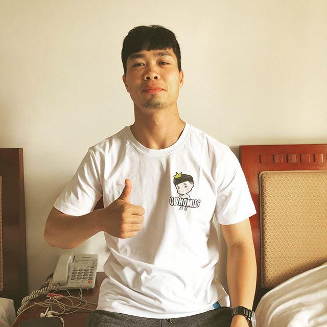 """Đi tìm """"nam thần nghiện hàng hiệu"""" của tuyển Việt Nam, giỏi ghi bàn, sành đồ xa xỉ - hình ảnh 4"""