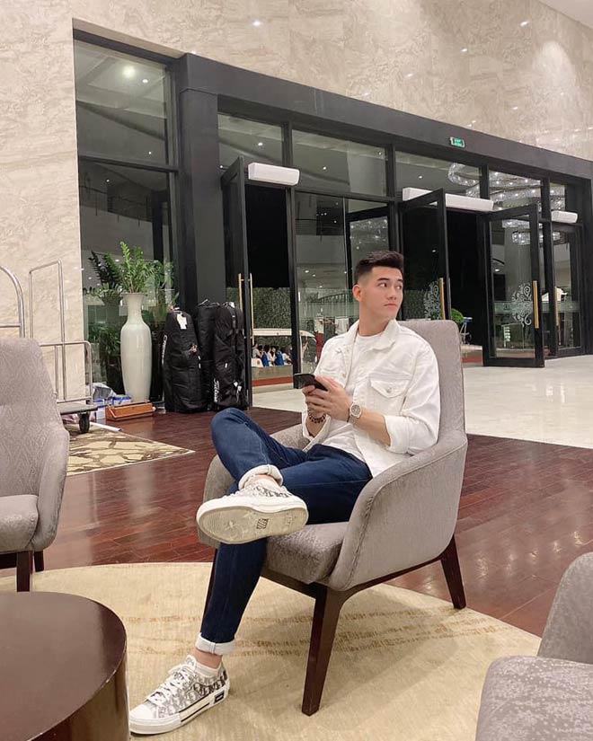 """Cầu thủ Tiến Linh """"đẹp trai chưa có người yêu"""" khiến fan girl """"gào thét"""" khi ghi bàn - hình ảnh 8"""