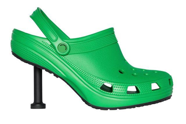 """Balenciaga kết hợp Crocs tạo ra """"đôi giày cao gót xấu xí"""" - hình ảnh 2"""