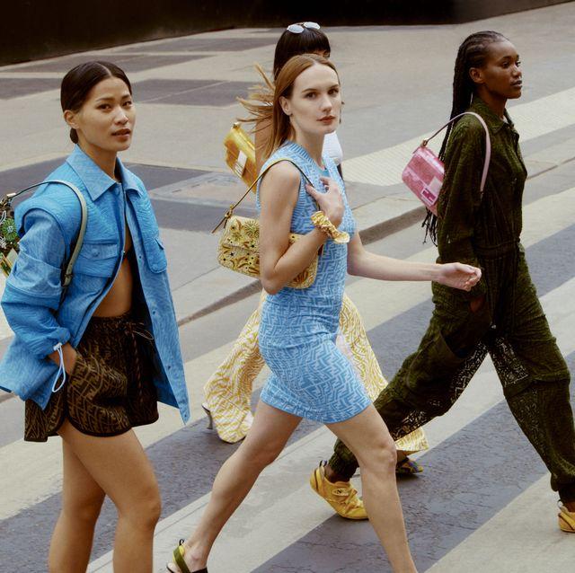 Fendi tái tạo lại chiếc túi Baguettes huyền thoại cho mùa hè 2021 - hình ảnh 1