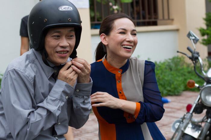 """Phi Nhung 2 lần sang tận nhà hỏi cưới Hoài Linh và mối quan hệ """"không thể nói bằng lời"""" - 8"""
