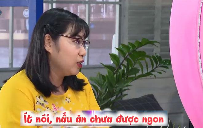 Dẫn đại gia đình đi hẹn hò, cô giáo U30 choáng váng vì lần đầu được hôn - 3