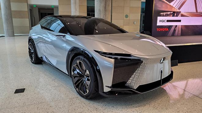Cận cảnh mẫu xe SUV động cơ điện mới nhất của Lexus - 3