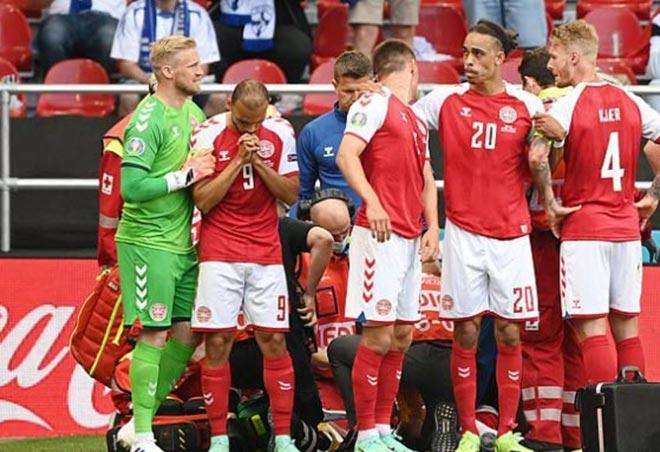 Bi kịch EURO: Eriksen (Đan Mạch) đổ gục trên sân, nguy hiểm đến tính mạng - 4