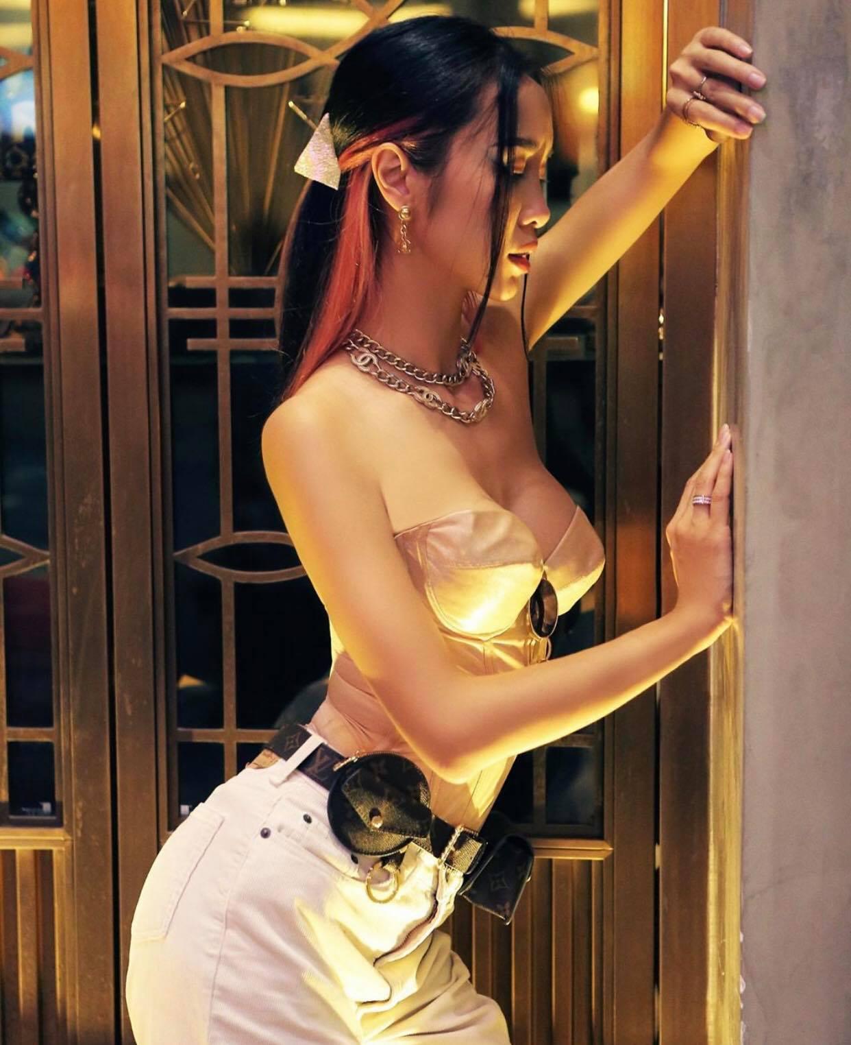 Hot girl Bảo Trân lên đồ với mốt áo nịt thời Phục Hưng - 5