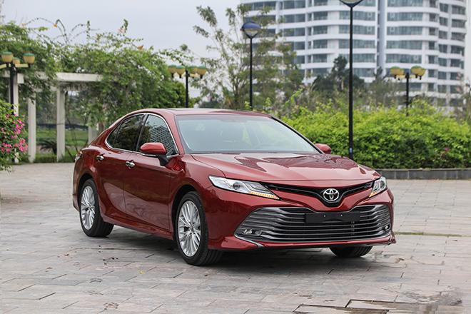 Giá xe Toyota Camry lăn bánh tháng 6/2021 - 12