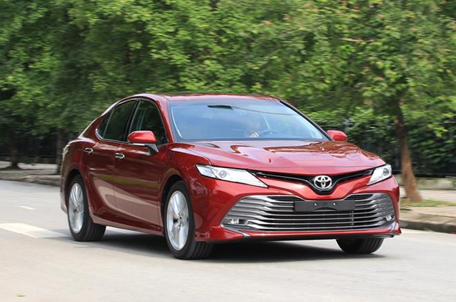 Giá xe Toyota Camry lăn bánh tháng 6/2021 - 7