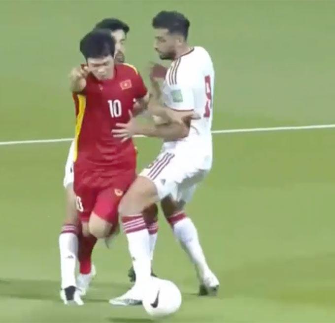 Trọng tài trận VN-UAE gây bức xúc, nữ MC thể thao xinh đẹp nói ngay câu này - 7
