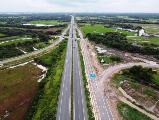 Cận cảnh nút giao 319 kết nối cao tốc Long Thành trước ngày thông xe - 3