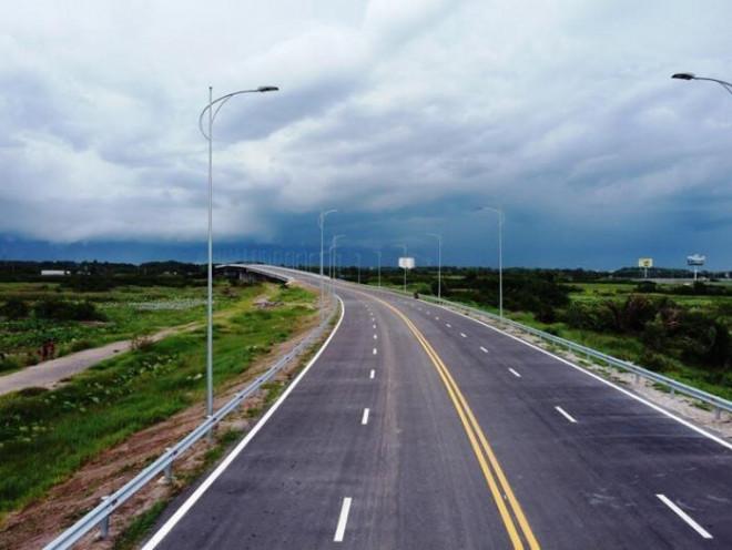 Cận cảnh nút giao 319 kết nối cao tốc Long Thành trước ngày thông xe - 4