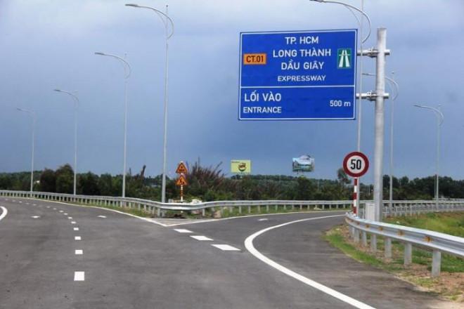 Cận cảnh nút giao 319 kết nối cao tốc Long Thành trước ngày thông xe - 9