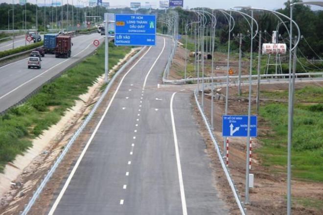 Cận cảnh nút giao 319 kết nối cao tốc Long Thành trước ngày thông xe - 12