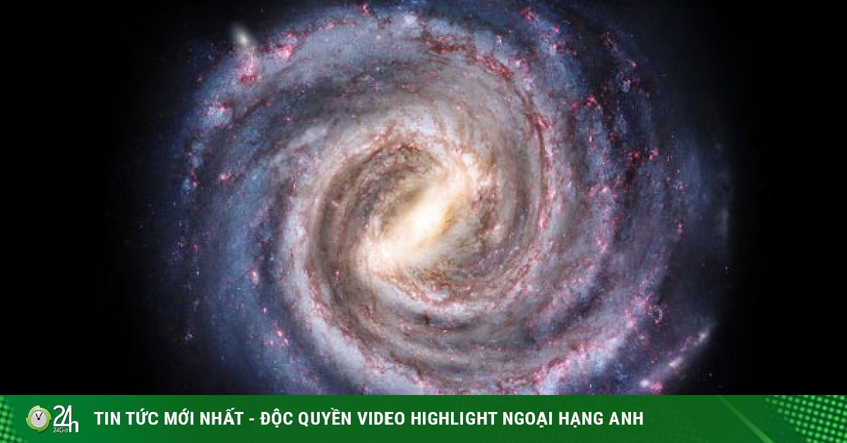 Bị vòng kim cô siết chặt, thiên hà chứa Trái Đất quay chậm lại