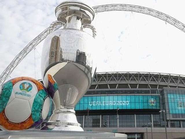 Tin nóng EURO 18/6: UEFA dọa đổi địa điểm trận chung kết - 1