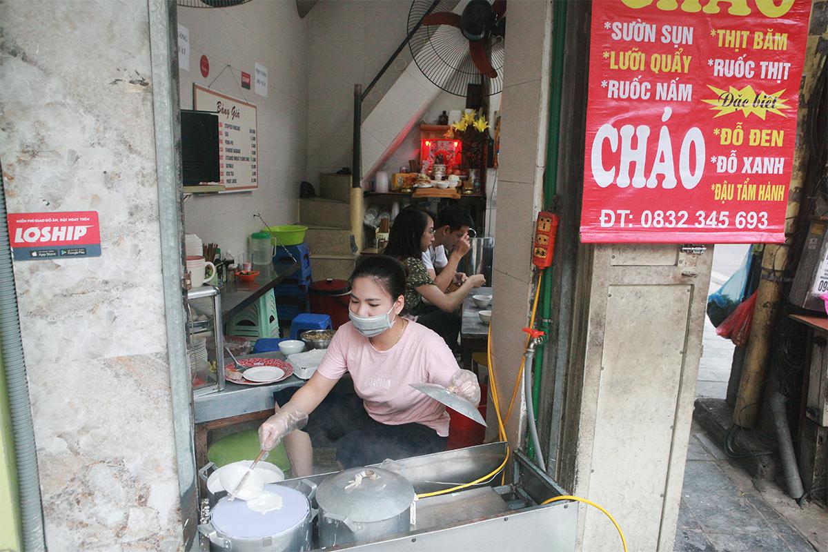 Người Hà Nội ăn phở từ 5h sáng, quán bún 9h đã hết hàng - 14